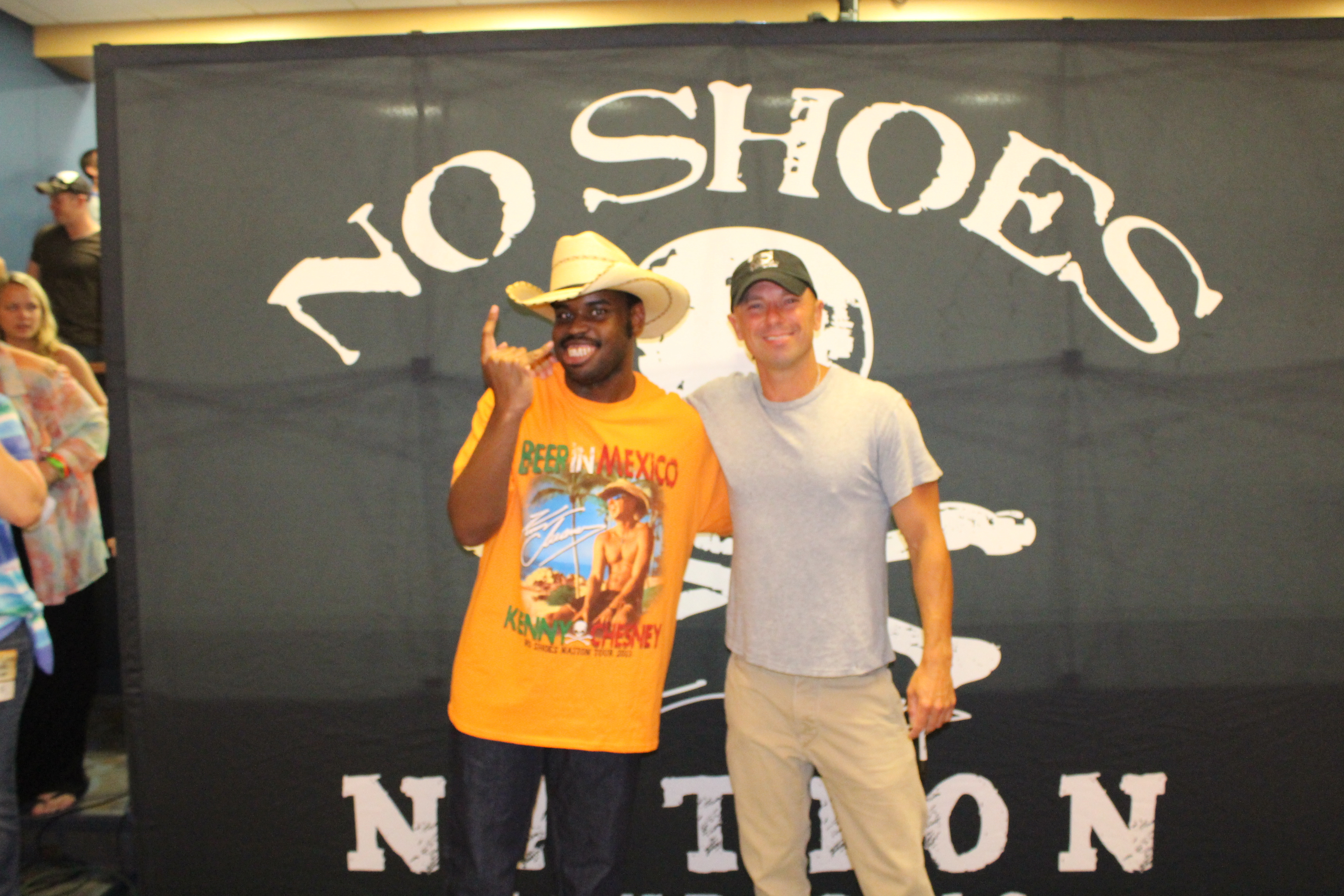 Eternal wish foundation success stories granted wishes stories kenny chesney and deon together backstage m4hsunfo
